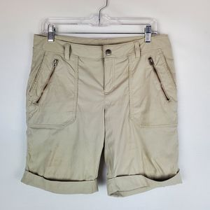 Athleta trekking cuffed shorts